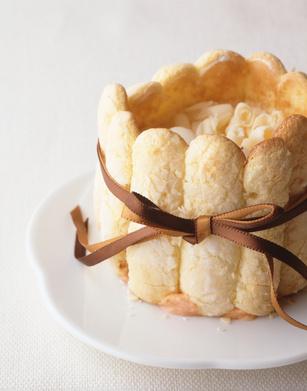 Charlotte aux pommes et caramel beurre salé